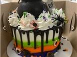 Parent/Child Halloween Drip Cake Class (October 18th seating)