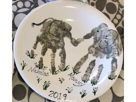 Family Pottery - Mommy and Me Dinner Plate - Morning Session - 05.03.19