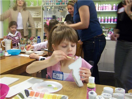 (Ages 4-5) Kinder Craft Bash Pottery Party