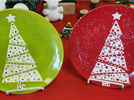 Christmas tree dot plate paint to go kit