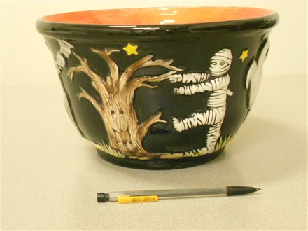 "Paint a ""Trick or Treat"" bowl at Ready, Paint, Fire"
