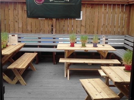 Sully's Lounge - Deck Rental