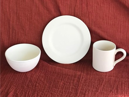 Rt 9 Room Bowl, Plate and Mug Party