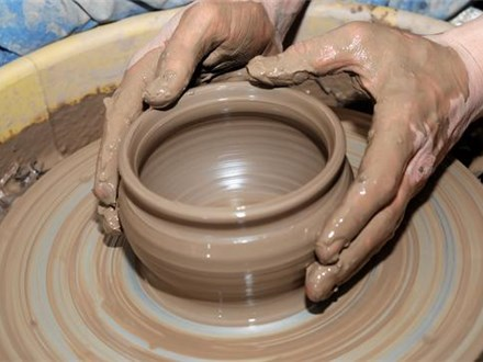 """Try It Pottery Wheel Class"" at Clay Cafe"