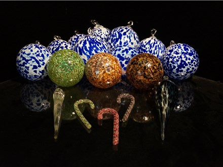 Christmas Ornaments @ Three Dimensional Visions