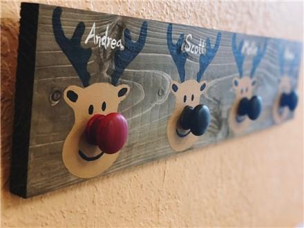Family Board Art - Reindeer Stocking Holder - 12.09.18