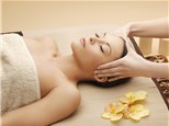 Massages: Aura Salon and Spa