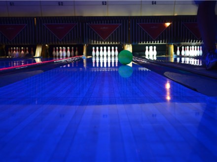 Family Glow Fridays (2 Hour Package)