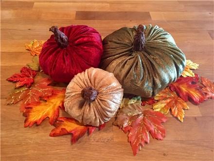 Set of 3 Fall Pumpkins - Oct 17th