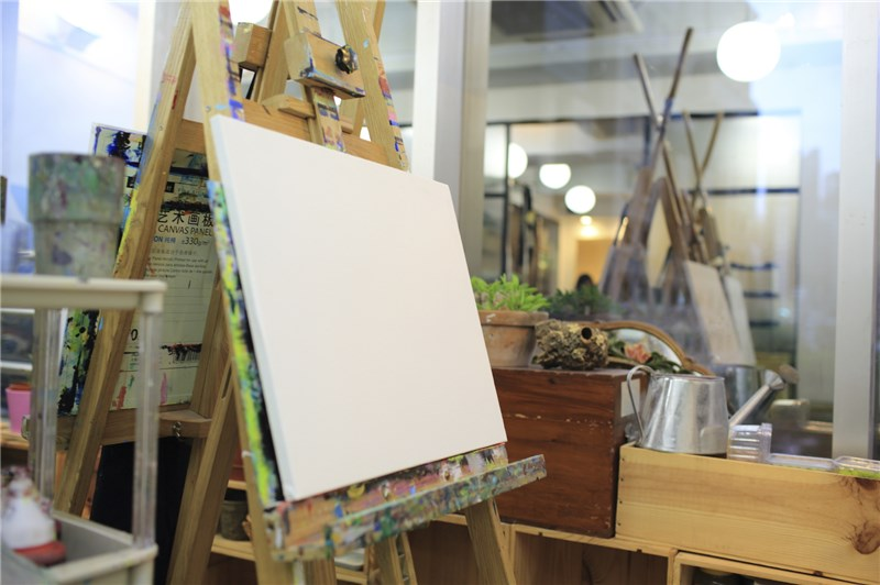 Create Your Canvas Painting Studio