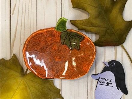 NOVEMBER Art Club Week 1: Hand Build a Pumpkin Plate