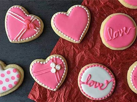 Adult Royal Icing Cookies 101: The Valentine's Edition (Tuesday, Feb. 9th)