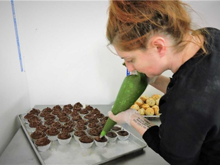 Learn how to make dessert basics with Chef Jeanne and glassybaby
