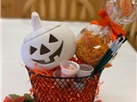 Halloween Basket with Rocky Mountain Caramel Apple!