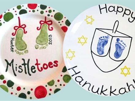 Memory Makers: Mistletoes/Dreideltoes - December 2