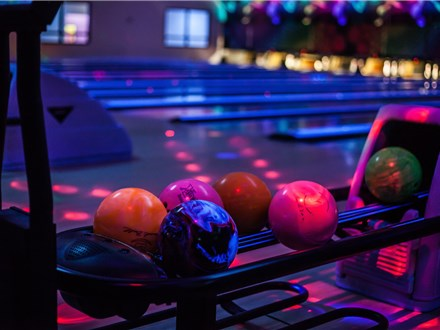 Deluxe Plus Company Glow Bowling Party Package