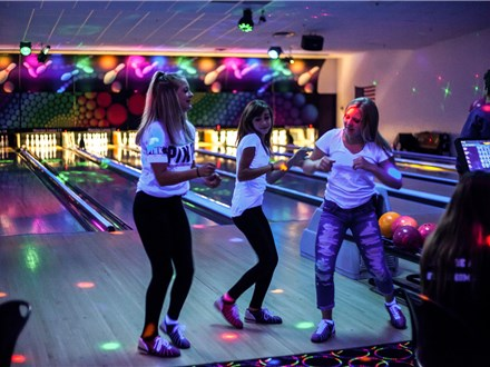 Basic Kids Party Package - Glow Bowling
