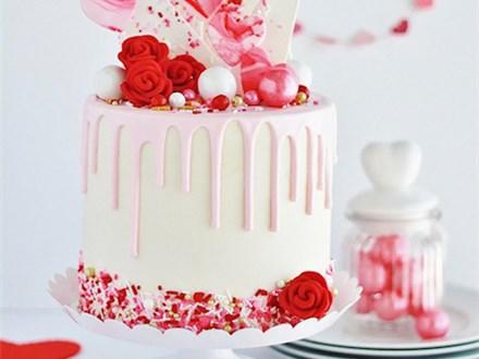 Parent/Child Valentine Drip Cake Class