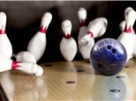 Leagues: Strike Ten Lanes & Lounge