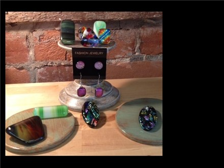 Partygoers will enjoy making a set of something beautiful - pendant/earring, pendant/ring, pendant/pin combos - you can decide when you get here. The ultimate Teen/Tween experience!