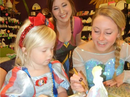Paint with a FROZEN Princess Party Event!