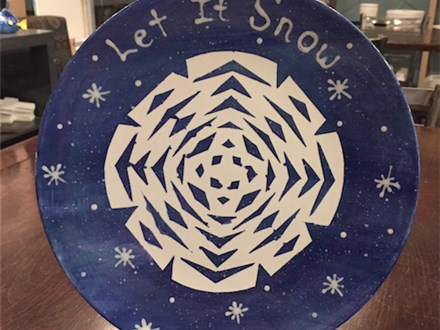 """Kids Night Out Pottery Night! """"Let it Snow"""" Friday, December 2nd 6-8pm"""