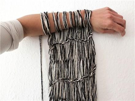 Arm Knit a Scarf