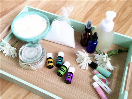 Mixer Bar Class with Essential Oils